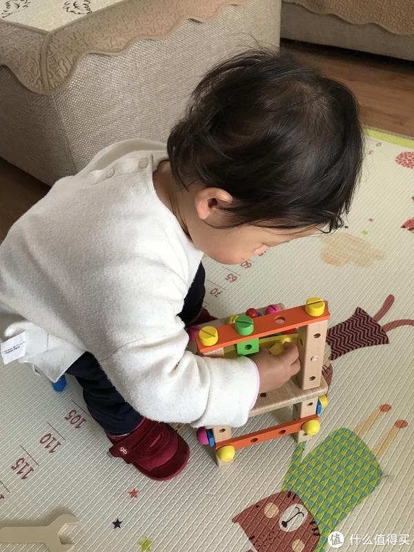 从小培养宝宝工匠精神-严谨!