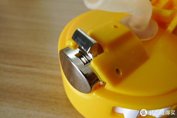 吸管杯盖按钮细节