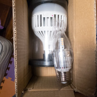 欧司朗LED灯泡外观展示(长度|灯罩|灯架|底座)