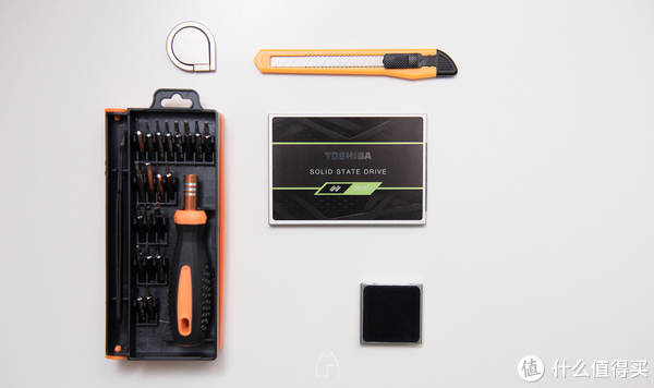 TOSHIBA 东芝 TR200 SSD 固态硬盘 小改笔记本飞天记