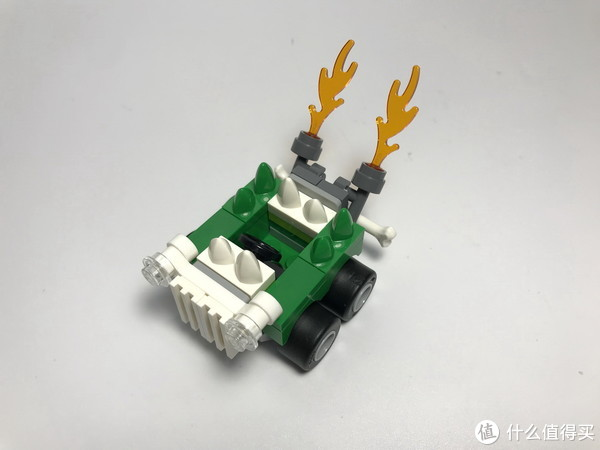 #全民分享季#剁主计划-北京#LEGO 乐高 超级英雄迷你战车 76070 神奇女侠对战末日