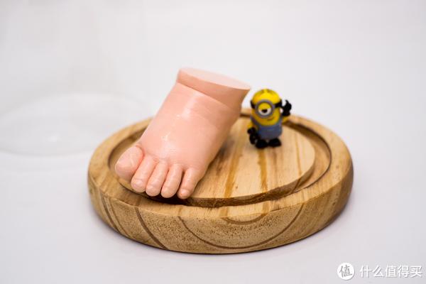 享受DIY的乐趣 篇一:#全民分享季# 拖延症奶爸为小公举制作的手模和脚模