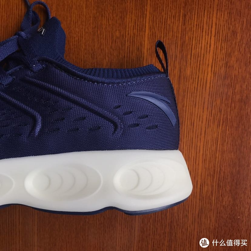@所有跑者,你有一双跑鞋待剁手!ANTA 安踏 A-FlashFoam 2.0 缓震跑鞋 体验报告