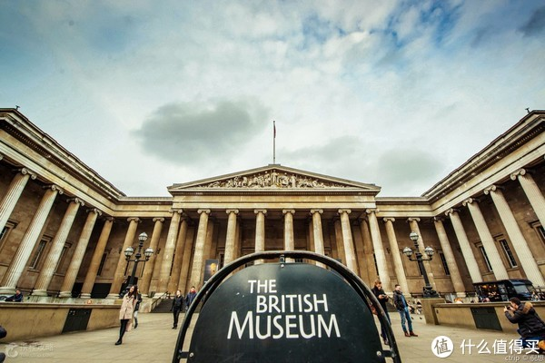 #原创新人#颜值高又实惠—英国旅游伴手礼购买指南