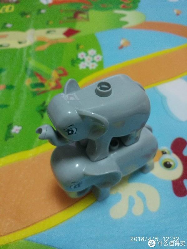 儿童的小玩具—星斗城 积木 开箱