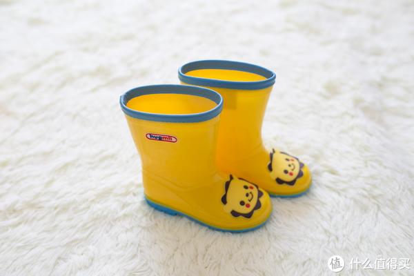 穿上萌萌的雨衣和雨鞋,愉快地跳泥坑吧——hugmii儿童雨衣雨鞋分享#剁主计划-天津##全民分享季#