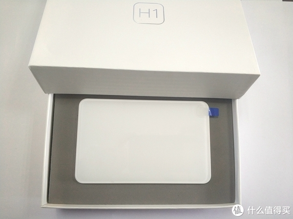 若即若离的斐讯零元购 篇一:#剁主计划-武汉#严重溢价的移动硬盘—Phicomm 斐讯 H1 开箱