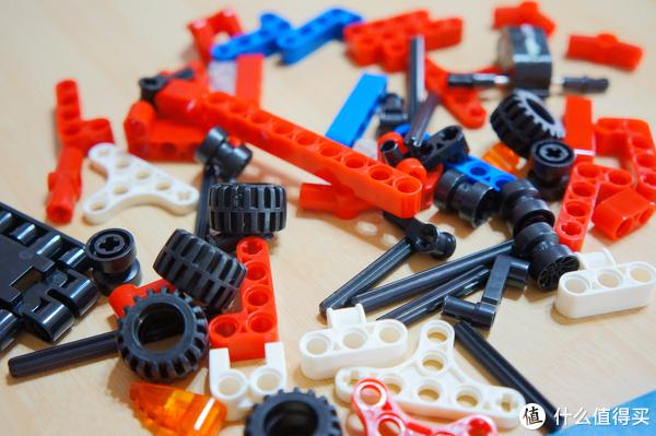 贫民窟少年的奇幻漂流 篇十三:#剁主计划-郑州#拼装10分钟,手疼6小时,好好的去做回力车,不要做积木了亲