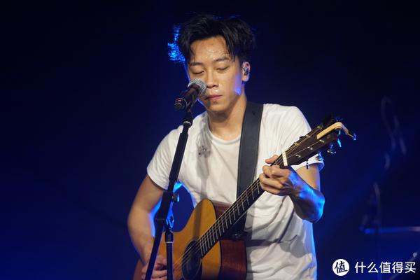 摇滚路上的信仰:Supper moment Live show 深圳站记录