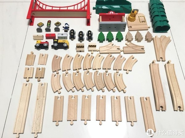 #原创新人#米兔 轨道积木和宜家 利乐宝 木质小火车兼容性测试
