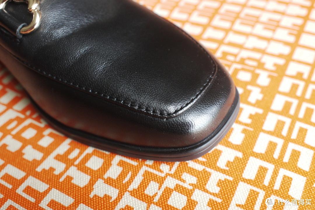 #全民分享季# #原创新人# 家庭主妇的平底鞋—奥康小方头羊皮鞋