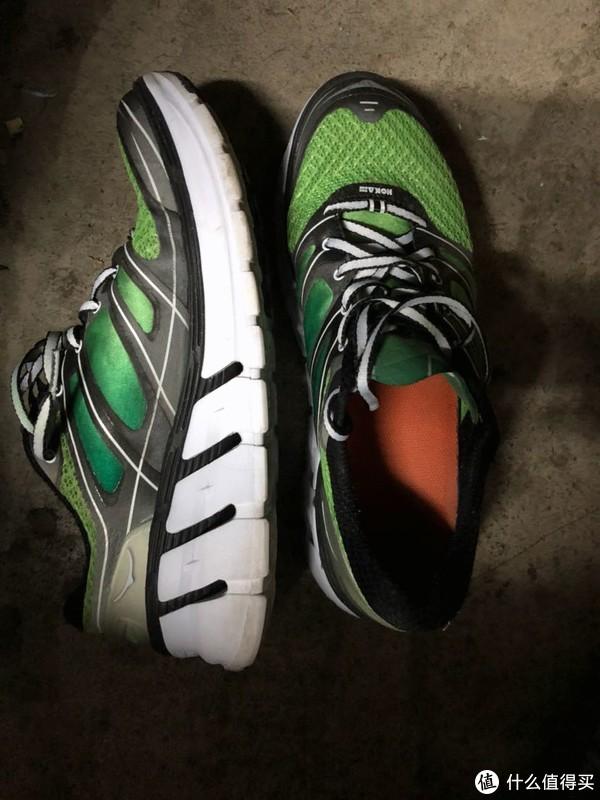 #原创新人#各个品牌主流跑鞋对比