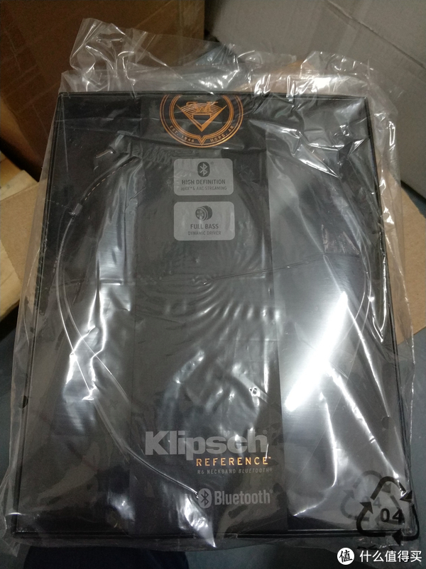 Klipsch 杰士 R6 Neckband 无线蓝牙耳机与LG HBS-810 简单对比