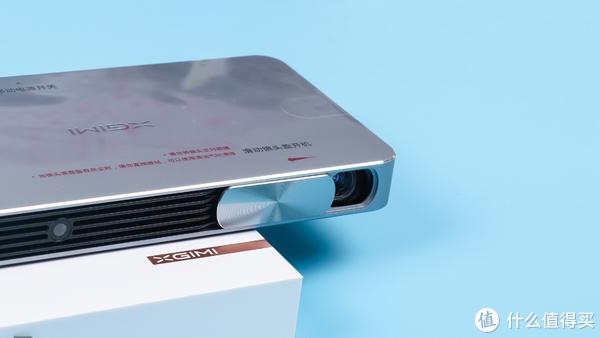 XGIMI 极米 New Z4Air 家用投影仪 使用体验