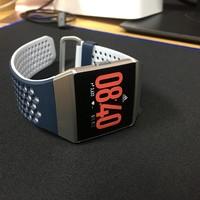 Fitbit Ionic Adidas运动手表外观展示(机身|腕带|表盘|应用程序)