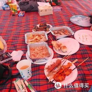 五一在阳澄湖半岛度假区户外烧烤放风筝,天气好心情好。吃个godvia棒棒的
