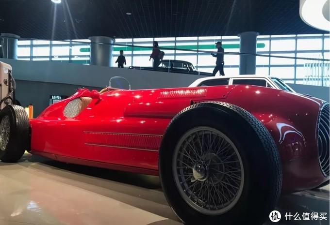 良驹今犹在,英雄已百年-记汽车博物馆