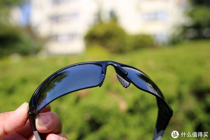 UVEX优维斯太阳镜,隔绝紫外线,大视野让运动更畅快