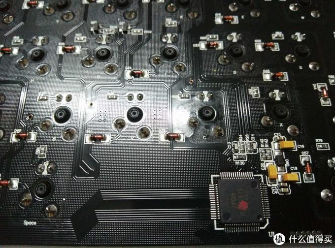 """""""锌""""合金、""""新""""体验、""""心""""质感——黑爵Zn锌蓝牙双模机械键盘评测"""
