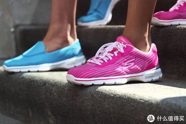 最值得送给母亲的礼物 好穿不贵的健步鞋推荐榜
