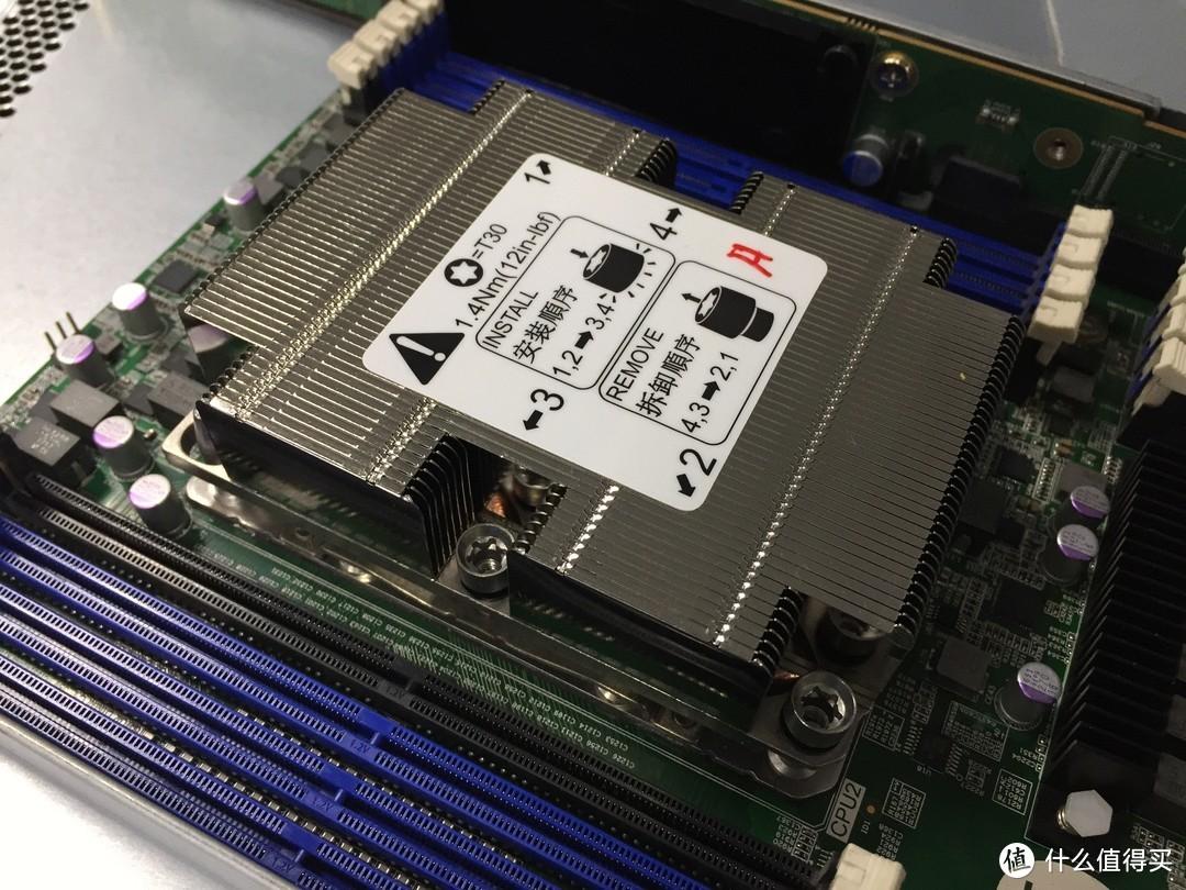 被迫装了台1TB DDR4内存、5TB SSD的服务器