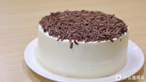 Freesiaa Made 篇七十二:【视频】摩卡漩涡蛋糕—切开后是竖条纹的惊喜