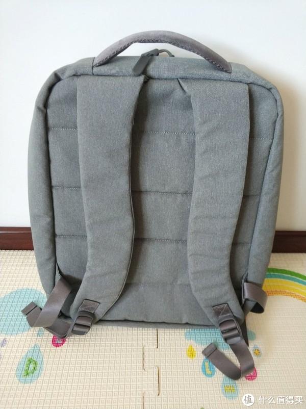 张大妈的奖品—90分 户外休闲双肩包 晒单VS我家的其他小米系背包