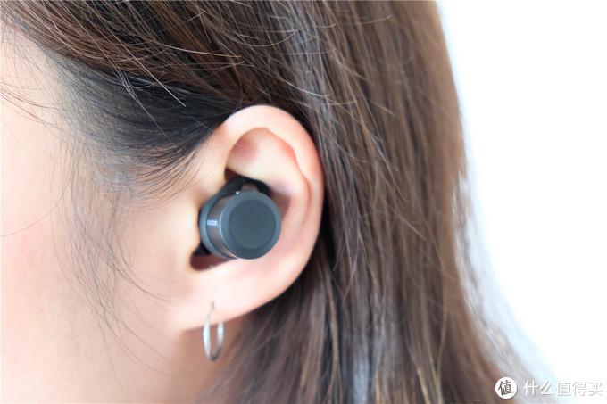 日系小清新--Elecom 宜丽客 LBT-TWS01AV 入耳式蓝牙耳机
