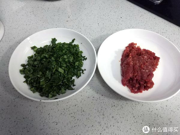 过滤完豆浆的豆渣,也能做一道营养丰富的美味:肉沫合渣