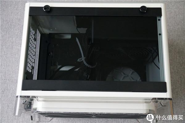 第一个小机箱—IN WIN 迎广 A1 开箱