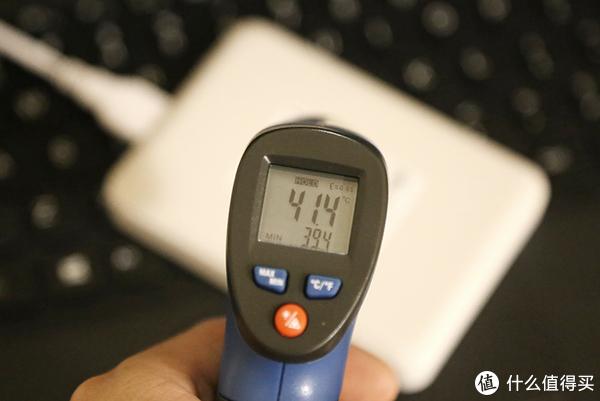 简洁实用、快速稳定,东芝V9为你的移动数据存储保驾护航