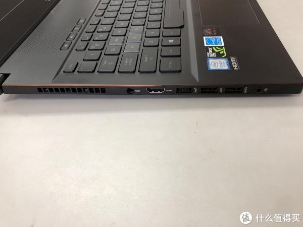 ROG 玩家国度  Zephyrus M (GM501) 笔记本电脑简单开箱