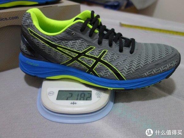 42码的单鞋重量在218g已经非常优秀了。