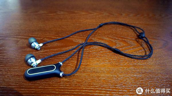 """余音绕""""项"""",把音乐佩戴起来—mifoi2蓝牙耳机评测"""