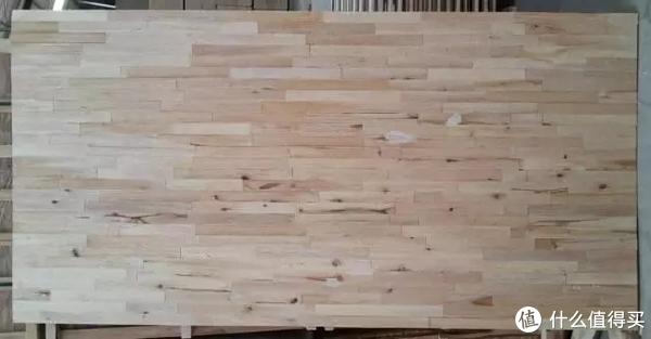 一问一答免漆板还是喷漆?到底打家具用那种好? 篇九 篇九:免漆板还是喷漆?到底打家具用那种好?