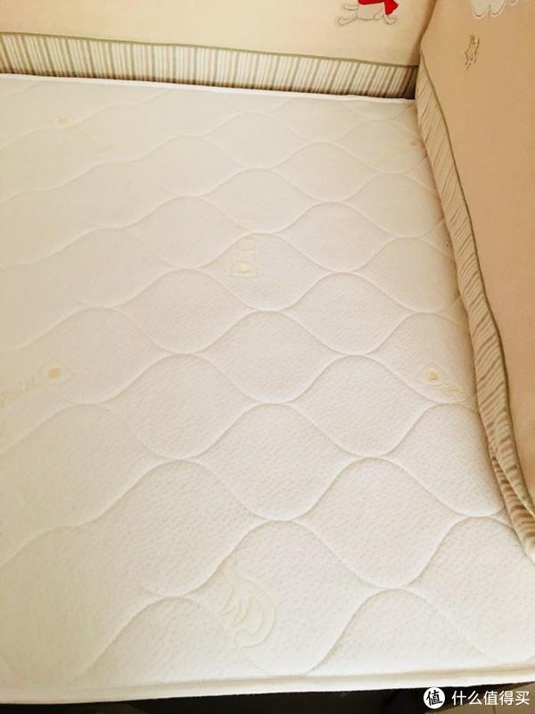 这不是一张简单的小床—爱斯博儿 婴儿床 及床品使用感受(附选购经验)