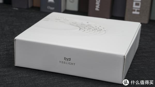 打造专属RGB桌面 篇一:米家 YeeLight 智能LED灯 :高性价比氛围光的首选