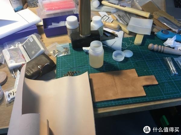 车库工具台之瞎折腾 + DIY木质显示器支架 + 植鞣革卡包