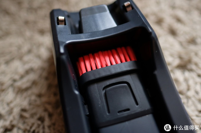 不吹不黑,买或不买伊莱克斯新品无线吸尘器?这篇文章有你要的答案……