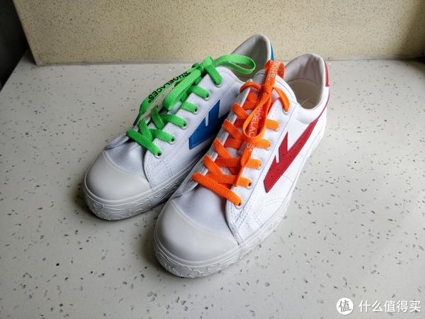 模仿最近特别火的那鞋联名款,哈哈
