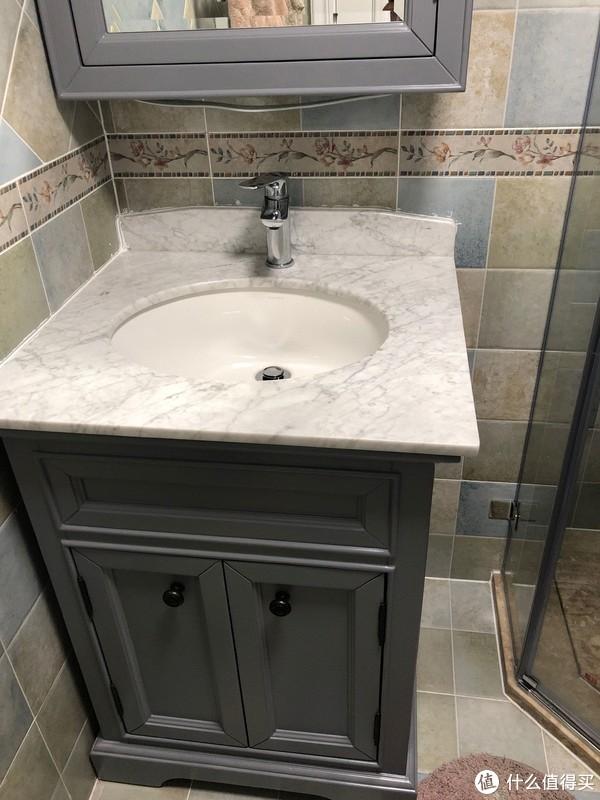 次卫浴室柜