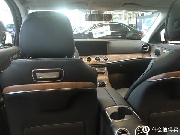 实地探店奔驰改款E级轿车:买车依旧是个体力活