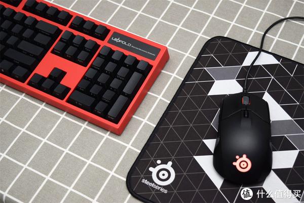 复古与经典:两款退烧红轴键盘—Leopold 利奥博德 FC900R PS + Cherry 樱桃 G80-3494