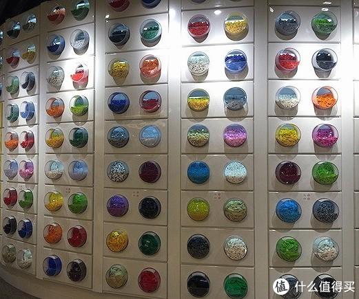 魔都乐高零件杯入手指南—细说魔都那些拥有令人羡慕的整面零件墙的乐高店