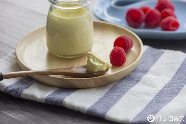宝宝辅食:布丁一样的蛋黄蒸蛋
