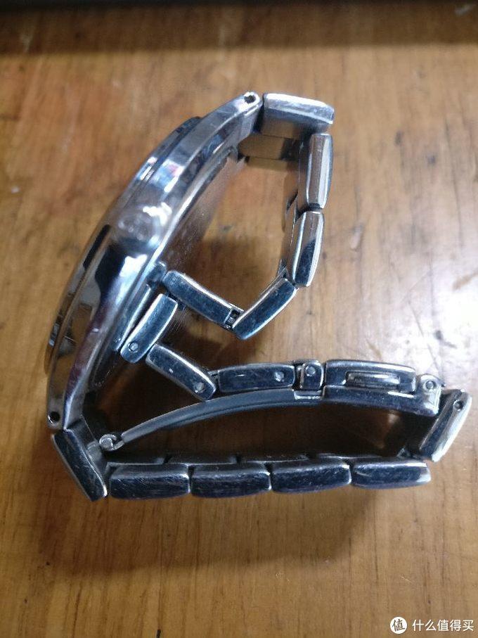 表冠处对不上焦,不知为何 钢链加超薄,带上很舒服