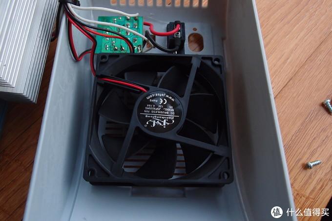 小猪拆测—这种车载冷暖箱值不值得买?