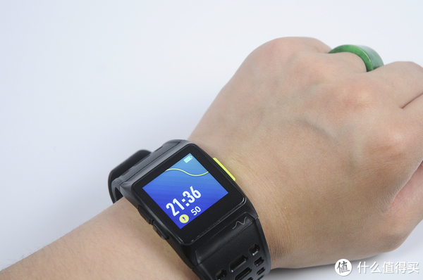 iWown P1 智能运动手表 高颜值和健康运动两不误