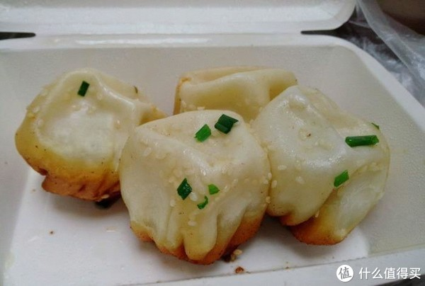 米其林一星不如100块钱吃遍老广美食!18元碗仔翅6元鸳鸯肠,吃这条街就够了