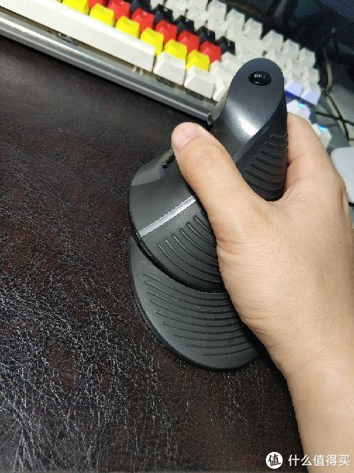 7年立式鼠标使用谈:DeLUX 多彩 M618 立式鼠标晒单和使用感受